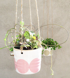 ULLA - small hanging pot