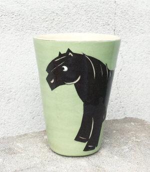BYRACKAMUGG  ponny