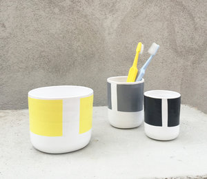 SIRI toothbrush cup small