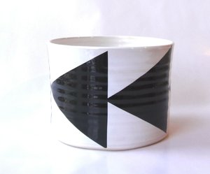 BOWL medium w arrows